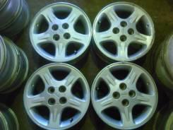 Nissan. 6.0x15, 4x100.00, ET40, ЦО 66,1мм.