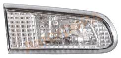 Вставка в крышку багажника 13-53 TOYOTA COROLLA 97-02 5D верх LH SAT ST-13-53L