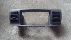 Консоль панели приборов. Toyota Corolla Fielder, NZE120, NZE121, NZE121G, ZZE122G, ZZE122 Двигатель 1NZFE