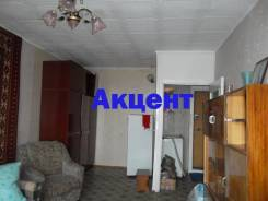 1-комнатная, улица Надибаидзе 11. Чуркин, агентство, 36,0кв.м.