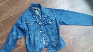 Куртки джинсовые. 38