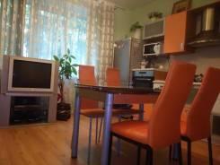 2-комнатная, улица Светланская 37. Центр, 65 кв.м. Кухня