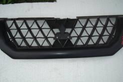 Решетка радиатора. Mitsubishi Pajero Sport