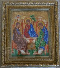 Икона ручной работы вышитая бисером Святая Троица