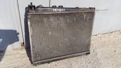 Радиатор охлаждения двигателя. Toyota Probox