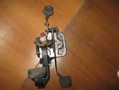 Педаль сцепления Peugeot 206