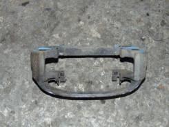 Скоба суппорта. Toyota Caldina, ET196 Двигатель 5EFE