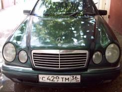 Mercedes-Benz E-Class. WDB2100721A328957