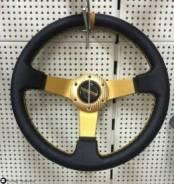Руль MOMO малый, золотистый, желтая строчка