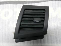Дефлектор в торпедо правый Mitsubishi Lancer X