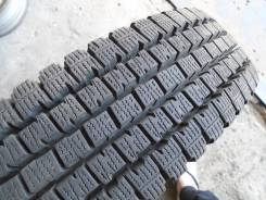 Bridgestone Blizzak W969. Всесезонные, 2011 год, износ: 5%, 2 шт