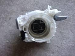Корпус моторчика печки. Toyota Crown, GRS182 Двигатели: 3GRFSE, 3GRFE
