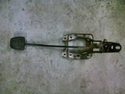 Педаль сцепления. Toyota Carina, AT171 Двигатель 4AFE