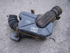 Корпус воздушного фильтра. Toyota Hiace, LH80 Двигатель 2L