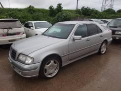 Mercedes-Benz W202. W202, M111