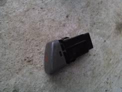 Кнопка включения аварийной остановки. Toyota Camry Gracia, SXV20
