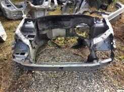 Передняя часть автомобиля. Renault Symbol