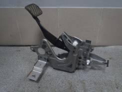 Педаль тормоза. Nissan Teana, J32 Двигатели: QR25DE, VQ35DE, VQ25DE