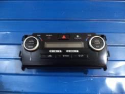 Кронштейн климат-контроля. Toyota Camry