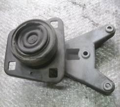 Кронштейн опоры двигателя. Ford Fiesta