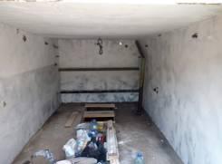 Гаражи капитальные. улица Карамзина 5, р-н Ленинский р-он, 18 кв.м., электричество, подвал. Вид изнутри