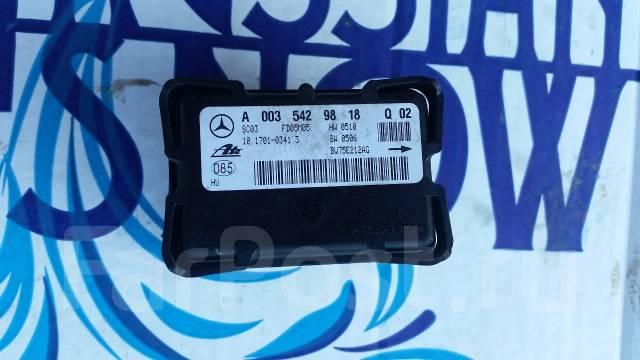 Датчик ускорения. Mercedes-Benz SLK-Class Mercedes-Benz C-Class, W203 Mercedes-Benz CLK-Class, C209, A209 Mercedes-Benz W203, W203 Двигатели: M, 271...