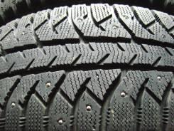 Bridgestone Ice Cruiser 7000. Зимние, шипованные, 2013 год, износ: 10%, 4 шт