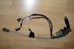 Габаритная антенна в бампер + кнопка на Toyota Funcargo