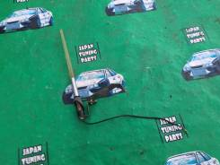 Антенна в бампер. Toyota Corolla Toyota Allion Toyota Premio