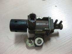 Клапан вакуумный. Toyota Starlet, NP90, NP80 Двигатель 1N