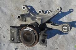Подушка двигателя. Nissan Juke, YF15 Двигатель MR16DDT