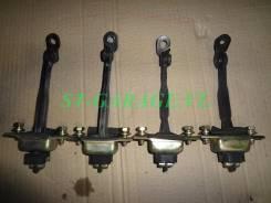 Ограничитель двери. Toyota Carina ED, ST202, ST203, ST205, ST200 Toyota Corona Exiv, ST200, ST203, ST202, ST205