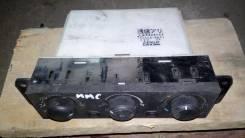 Блок управления климат-контролем. Mitsubishi Chariot Grandis, N84W, N94W