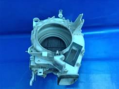 Корпус моторчика печки. Lexus LS400