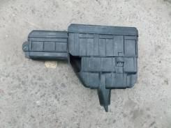 Блок предохранителей под капот. Toyota Ipsum, SXM10, SXM10G, SXM15G, SXM15