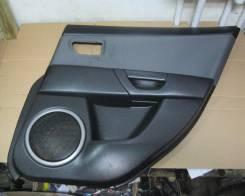 Обшивка двери. Mazda Mazda3