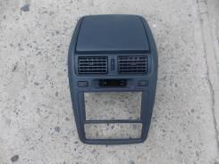 Консоль панели приборов. Toyota Ipsum, SXM10, SXM10G, SXM15G, SXM15