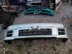 Бампер. Toyota Grand Hiace, VCH10 Двигатель 5VZFE