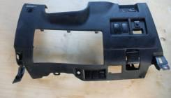 Панель рулевой колонки. Toyota Harrier, MCU30W, MCU30