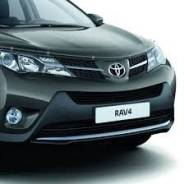 Ободок фары. Toyota RAV4, 2013