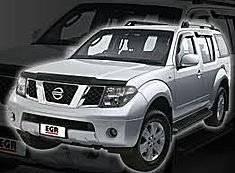 Дефлектор капота. Nissan Pathfinder
