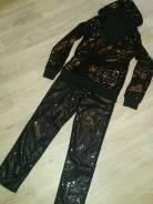 Костюм женский штанишки +кофта с капюшоном. 44, 46