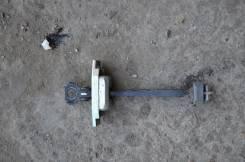 Ограничитель двери. Toyota Camry, ACV51, ASV50, GSV50