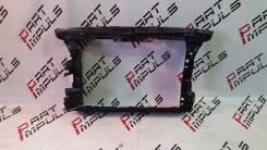 Рамка радиатора. Skoda Yeti, 5L