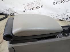 Подлокотник. Volvo XC70 Volvo V70