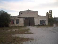 Закрытая территория под склад или производство, площадь 1000 кв. м. Станица Натухаевская, р-н Натухаевская, 1 000 кв.м.