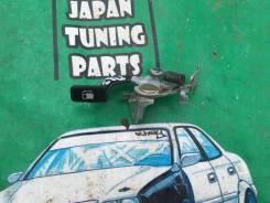 Ручка открывания бензобака. Toyota Corolla Fielder, NZE124, ZZE124, ZZE124G, ZZE123, ZZE122, NZE141G, NZE124G, NZE121G, ZZE123G, ZZE122G, NZE120, NZE1...