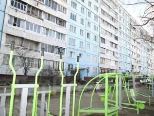 1-комнатная, улица Сафонова 33. Борисенко, проверенное агентство, 33 кв.м. Дом снаружи