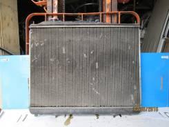 Радиатор охлаждения двигателя. Nissan Elgrand, AVWE50 Двигатель QD32ETI