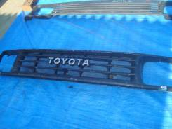 Решётка радиатора Toyota LAND CRUISER PRADO